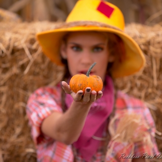 Kendall_Scarecrow-8375untitled-Edit