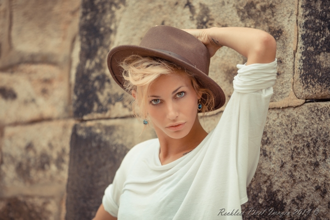 Model Chloe